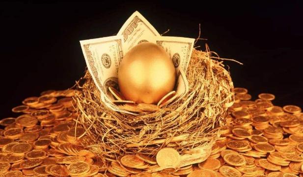国际金价迭创新高 黄金基金持续扩容